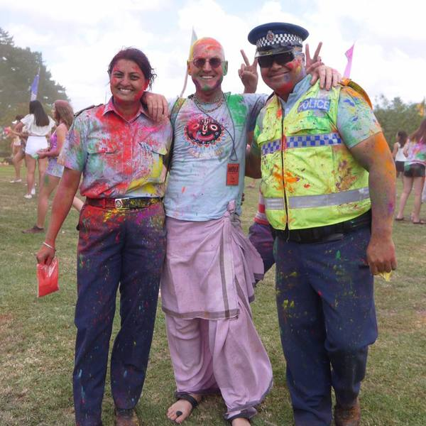 full Constable Mandeep Kaur left at Festival of Colours in Auckland 5